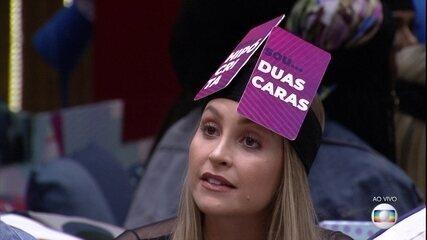 Hipócrita e Duas Caras: Caio indica plaquinhas da discórdia para Carla Diaz no BBB21