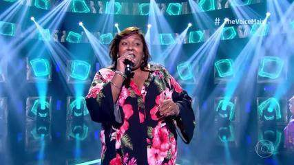 Iracema Monteiro se apresenta no palco do 'The Voice +'