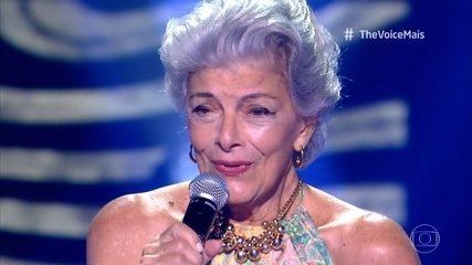 Vera do Canto e Mello canta 'Carinhoso'