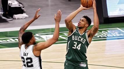 Melhores momentos: Milwaukee Bucks 120 x 113 San Antonio Spurs pela NBA