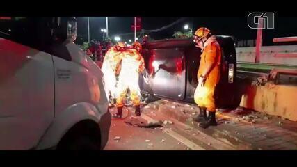 Jornalista morre após perder o controle do carro e capotar em avenida de Fortaleza