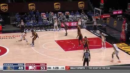 Curry chama para dançar marcação do Hawks