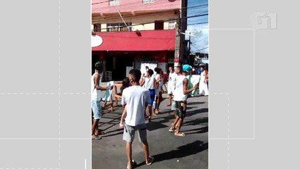 VÍDEO: moradores de Águas Claras fazem protesto após morte de mulher na região