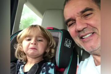 Humberto Martins brinca de gatinho com a neta Sophie