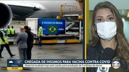 Avião pousa no Aeroporto de Cumbica com insumos para a CoronaVac