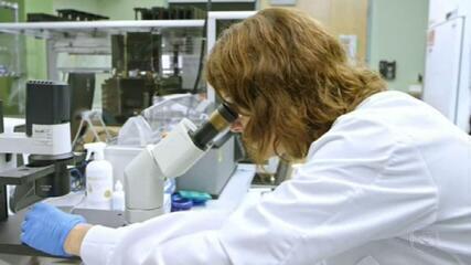 Anvisa aprova uso emergencial de coquetel de remédios que pode evitar agravamento da Covid