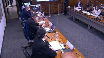 Araújo afirma que houve participação de Bolsonaro no pedido de importação de insumos da Cloroquina da Índia