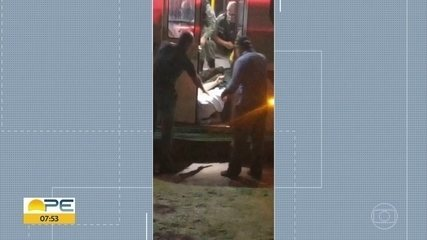 Assalto a ônibus em Jaboatão deixa um homem morte o outro ferido