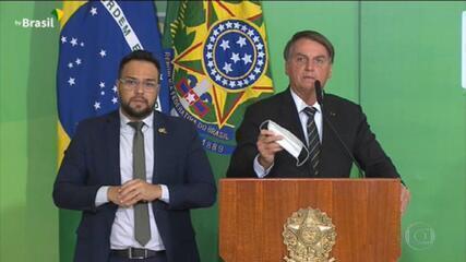 Bolsonaro quer dispensar uso de máscara