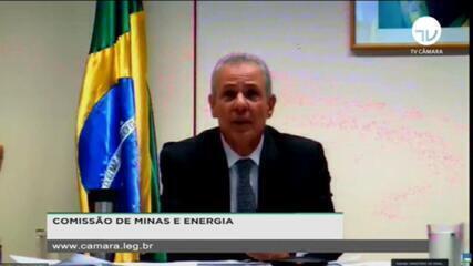 Crise hídrica: ministro de Minas e Energia descarta hipótese de racionamento de energia