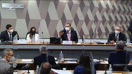 Omar Aziz suspende sessão da CPI da Covid e pede orientação a Luiz Fux