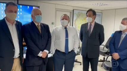 Pazuello negociou com intermediários compra de 30 milhões de doses da CoronaVac pelo triplo do preço