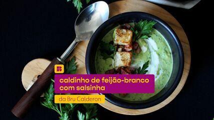 Caldinho de feijão-branco com salsinha