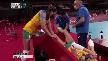 Transmissão mostra Macris com gelo no tornozelo