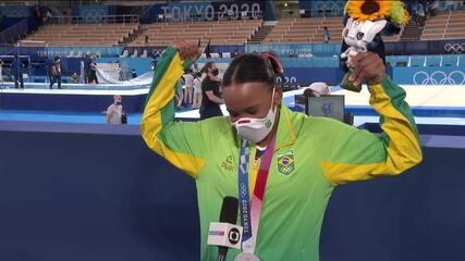 """""""Essa medalha não é só minha, é de todo mundo"""", Rebeca fala sobre conquista da prata"""