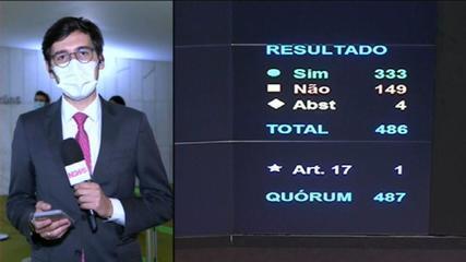 Câmara rejeita distritão e aprova, em primeiro turno, PEC que resgata coligações
