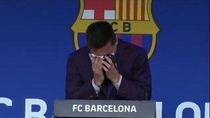 Lenço que Messi secou as lágrimas foi anunciado por US$ 1 milhão