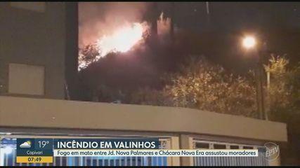 Incêndio em mato assusta moradores de bairro em Valinhos