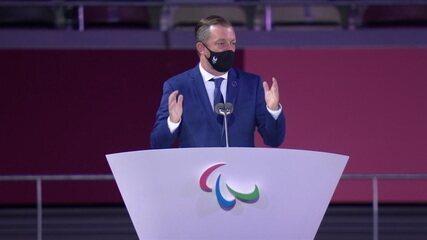 Presidente do Comitê Paralímpico Internacional, Andrew Parsons discursa na cerimônia de abertura das Paralimpíadas
