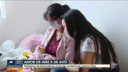 Professora de Florianópolis é barriga solidária da própria filha