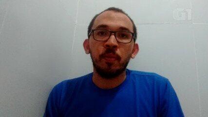Voluntário do projeto 'Litro Luz' explica trabalho desenvolvido pela instituição