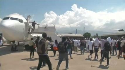 Enviado especial dos EUA ao Haiti pede demissão após deportação de refugiados
