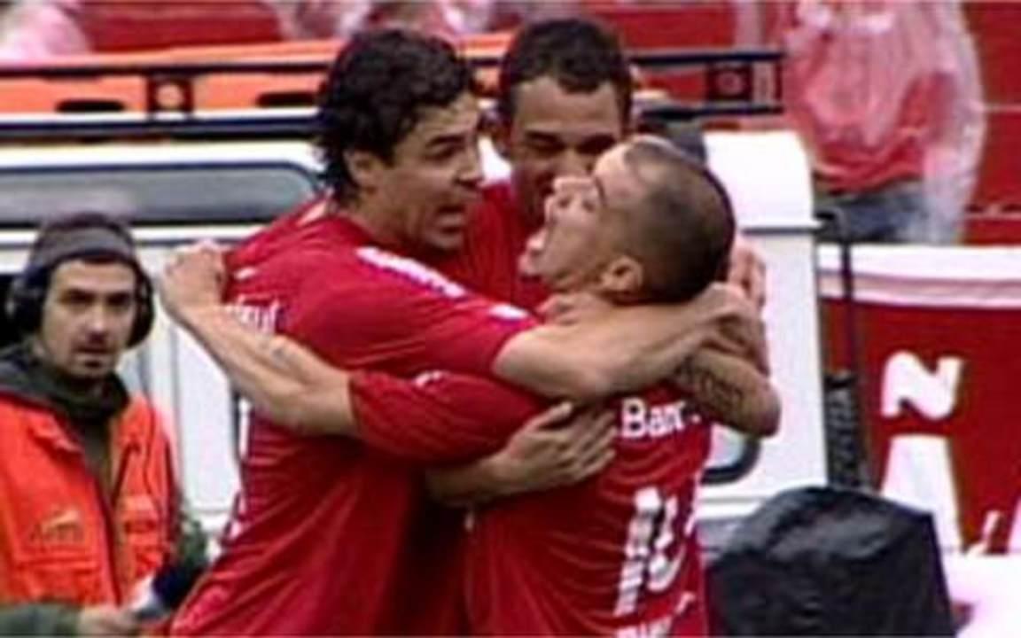 Os gols de Internacional 8 x 1 Caxias pela final do segundo turno do Gauchão de 2009