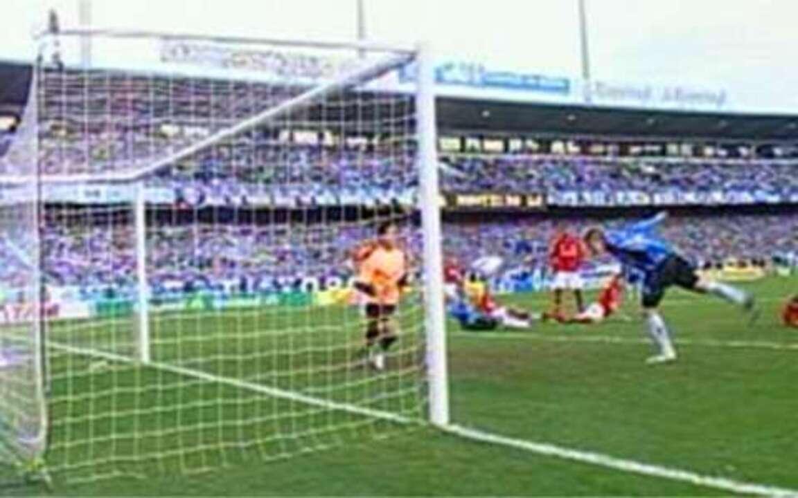 Melhores momentos: Grêmio 2 x 1 Internacional pela 12ª rodada do Brasileirão 2009