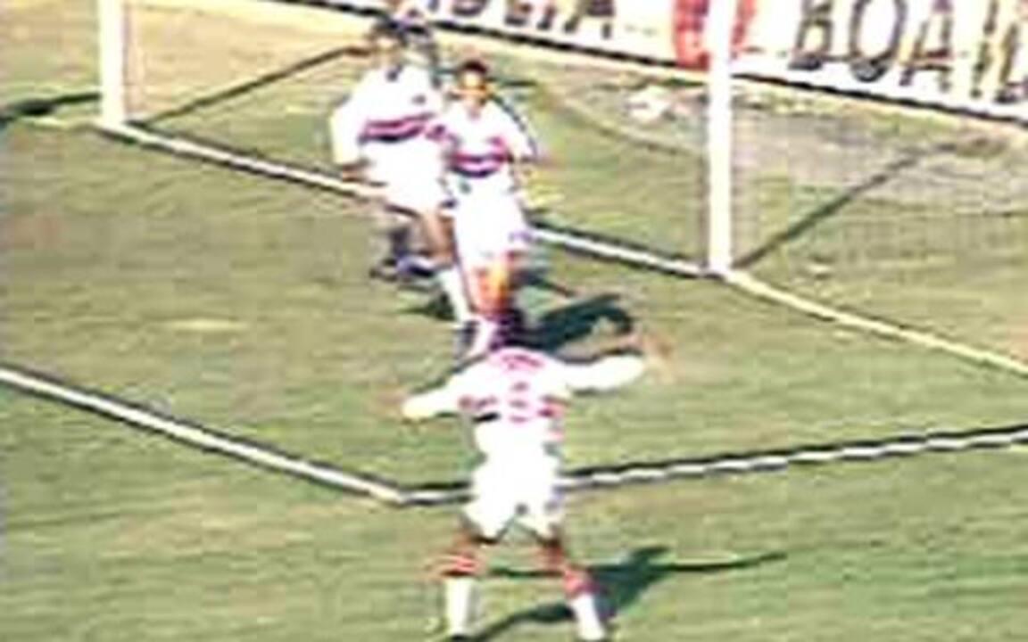 Em 1994, São Paulo vence o Palmeiras por 2 a 1 pela Taça Libertadores