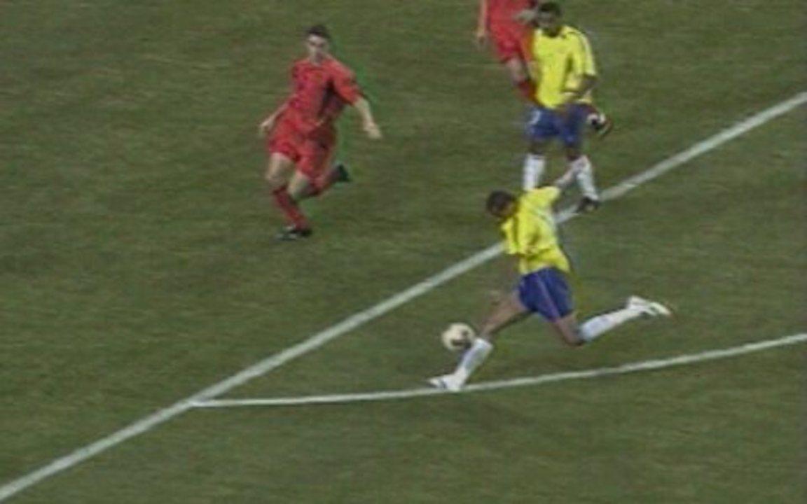 Acompanhe os melhores momentos de Brasil 2 x 0 Bélgica, pelas oitavas da Copa de 2002