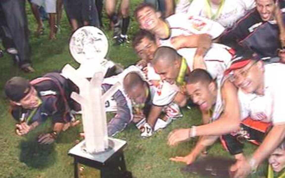 Em 2005, Paulista empata com Fluminense no Rio de Janeiro e é campeão da Copa do Brasil