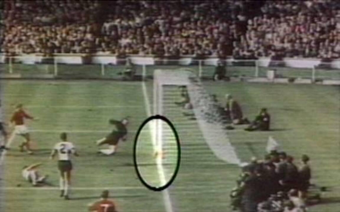 0f3c176308 Os gols de Inglaterra 4 x 2 Alemanha pela final da Copa do Mundo de 1966