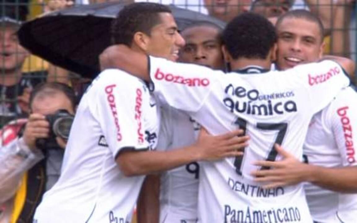 Os gols de Corinthians 4 x 3 São Paulo pela 17ª rodada do Paulistão 2010