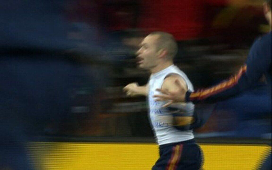 Veja o gol de Iniesta na final da Copa do Mundo de 2010