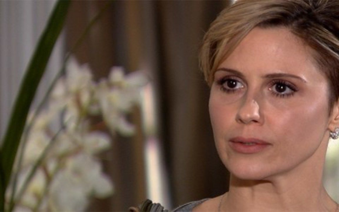 Ti-ti-ti - capítulo de sábado, dia 11/09/2010, na íntegra - Luisa se irrita ao saber que Edgar levou Marcela à sessão de fotos da Moda Brasil