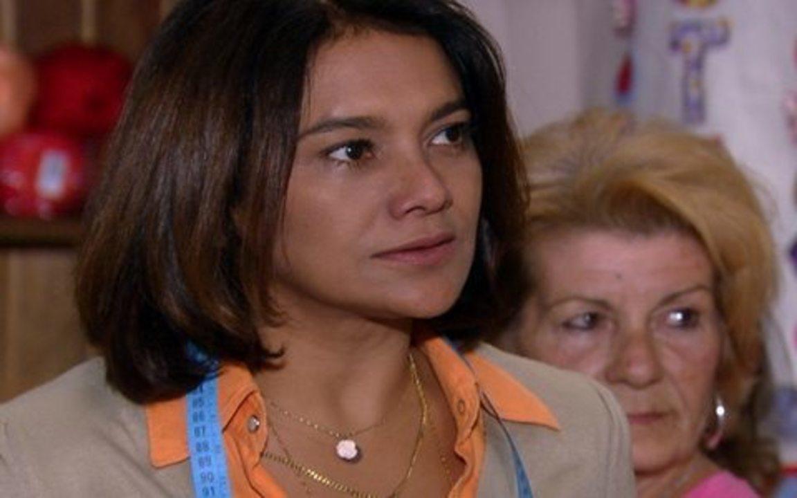 Ti-ti-ti - capítulo de quinta feira, dia 16/09/2010, na íntegra - Jacques Leclair procura Marta em sua casa e descobre que ela está ajudando Victor Valentim