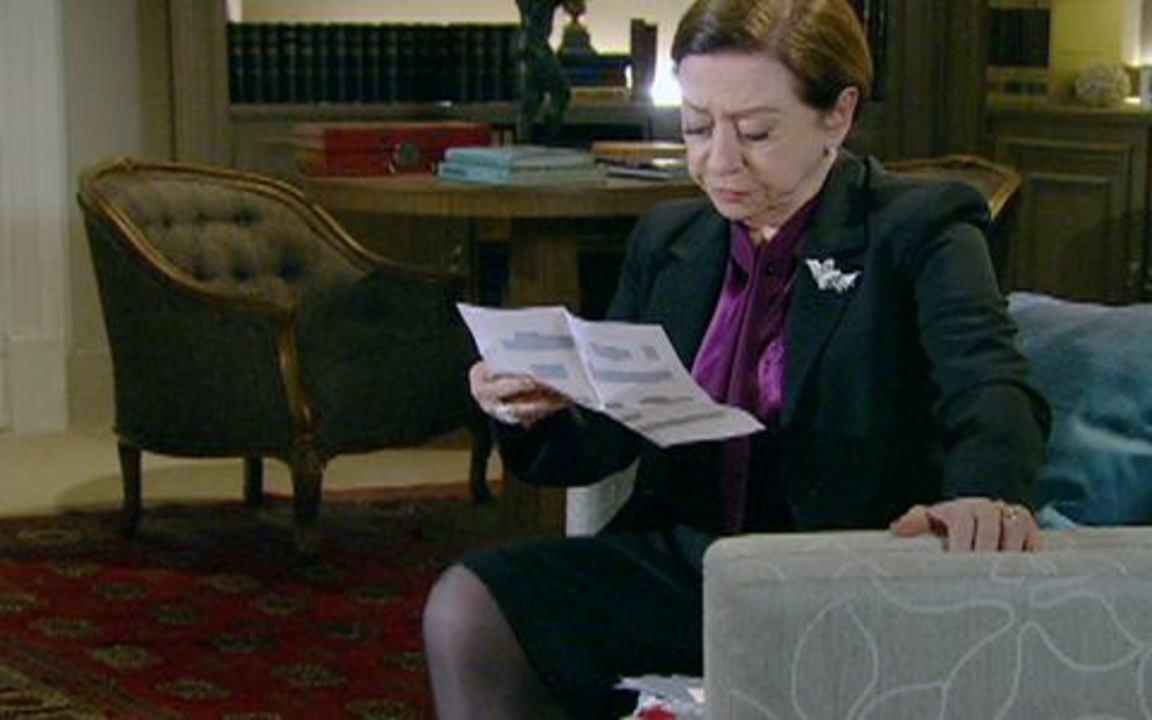 Passione - capítulo de segunda feira, dia 27/09/2010, na íntegra - Bete recebe carta anônima revelando que Eugênio foi assassinado