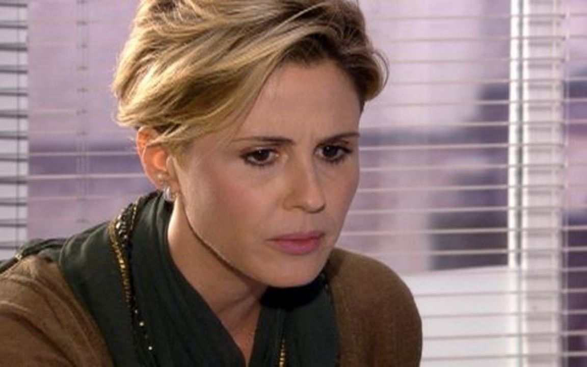 Ti-ti-ti - capítulo de sexta feira, dia 05/11/2010, na íntegra - Luisa descobre que Edgar planeja fugir para a Europa com Marcela e alerta Giancarlo