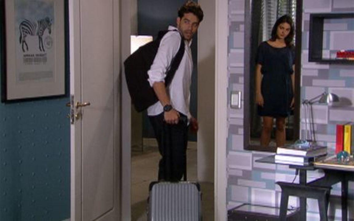 Ti ti ti - capítulo de quarta feira, dia 16/02/2011, na íntegra - Renato sai de casa, Marcela fica pensativa e Giancarlo sofre
