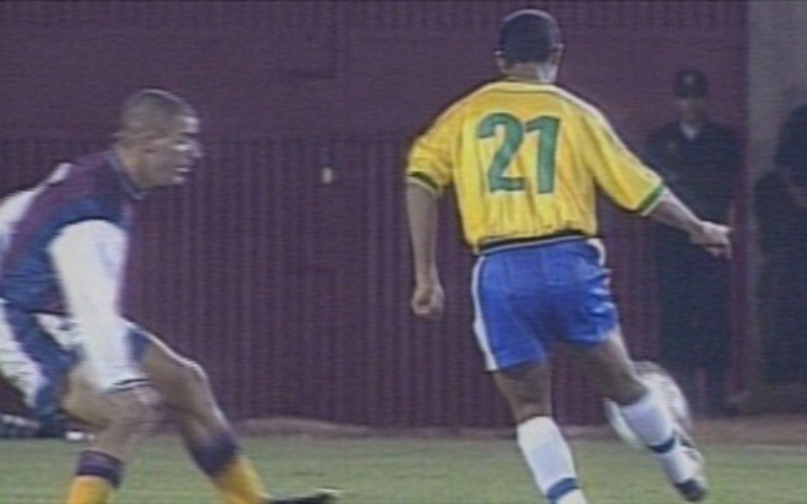 Em 1999, Brasil goleia a Venezuela por 7 a 0 na Copa América