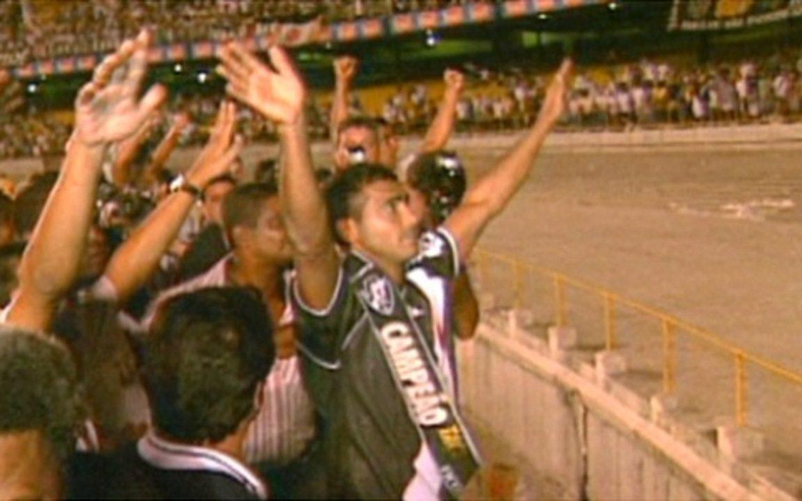 Em 2000, Vasco goleia o Flamengo no Domingo de Páscoa e conquista a Taça Guanabara