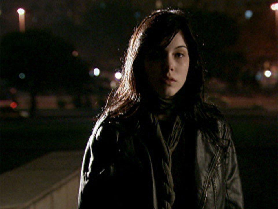 Malhação - Capítulo de sexta-feira, 09/09/2011, na íntegra - Alexia vai a um encontro com Gabriel