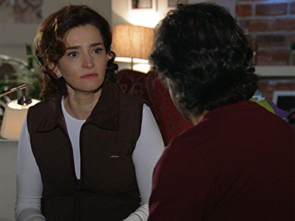 A vida da gente - capítulo de sábado, dia 15/10/2011, na íntegra - Vitória é fria ao falar do acidente de Ana