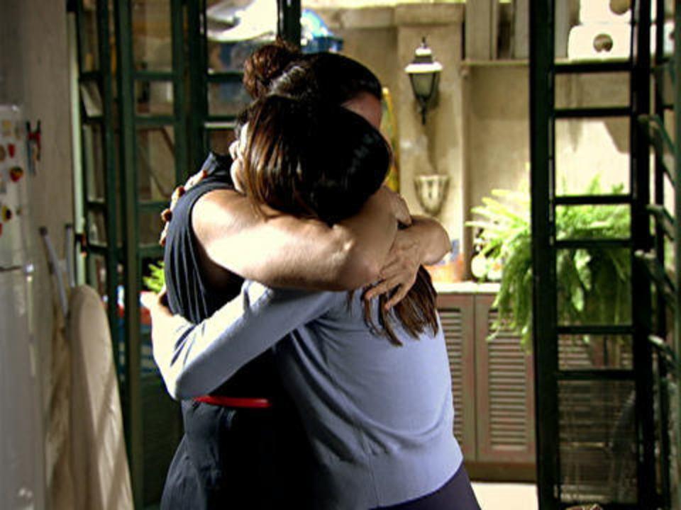 Fina Estampa - Capítulo de sexta-feira, 28/10/2011 - Griselda chama Celeste para ser sua sócia