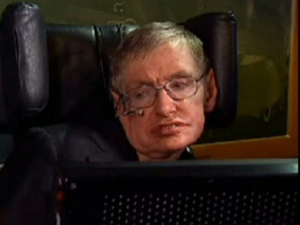 Físico Stephen Hawking chega aos 70 anos