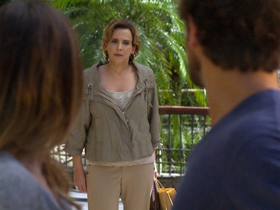 A Vida da Gente - Capítulo de quarta-feira, 11/01/2012, na íntegra - Eva flagra Ana e Rodrigo se beijando