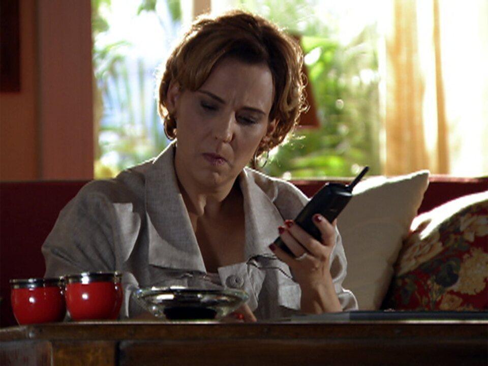 A Vida da Gente - capítulo de terça-feira, dia 17/01/2012, na íntegra - Eva tenta arrumar um emprego