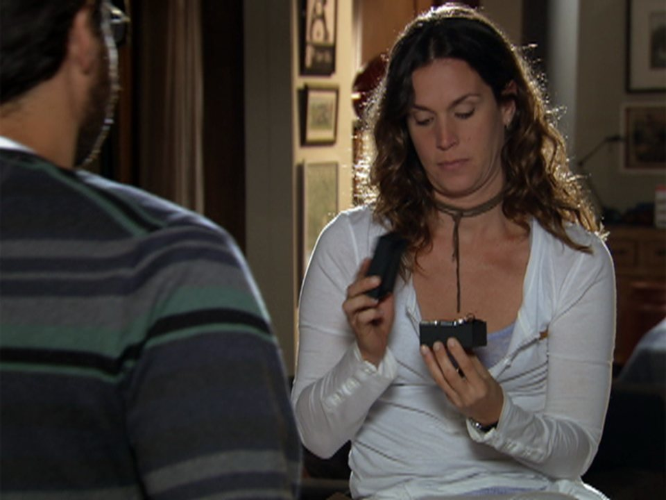 A Vida da Gente - Capítulo de terça-feira, 24/01/2012, na íntegra - Lúcio dá a chave de seu apartamento para Laura