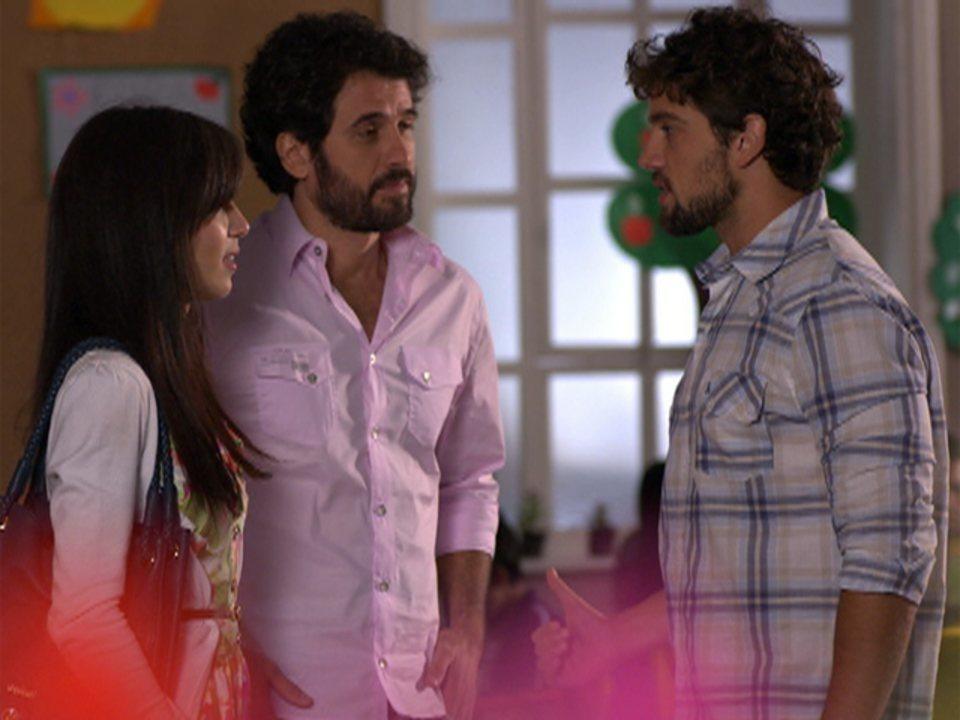 A Vida da Gente - Capítulo de sexta-feira, 10/02/2012, na íntegra - Manu, Gabriel, Ana, Lúcio e Rodrigo se encontram