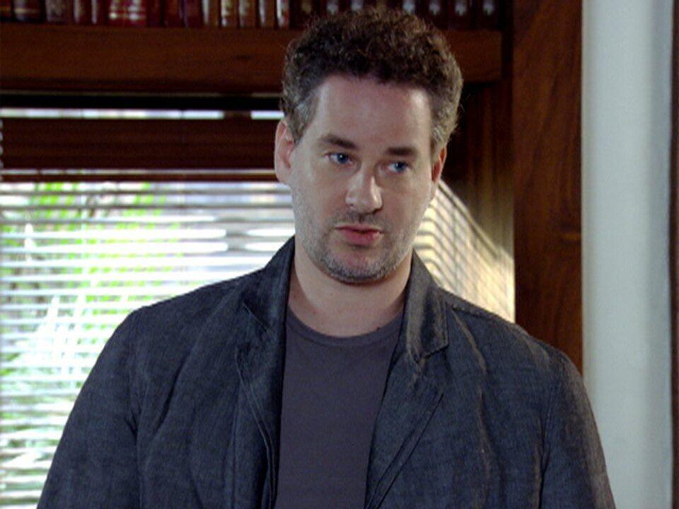 Em Fina Estampa, personagem de Dan Stulbach era estéril e entrava em conflito com a esposa que sonhava em ser mãe